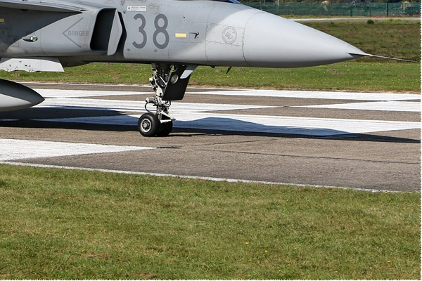 Photo#7961-4-Saab JAS39C Gripen
