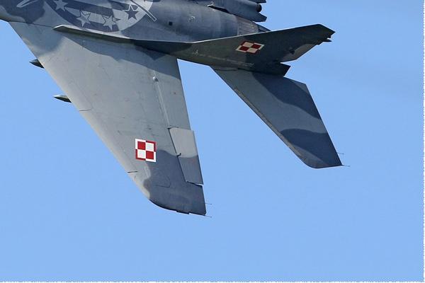 Photo#7965-4-Mikoyan-Gurevich MiG-29A