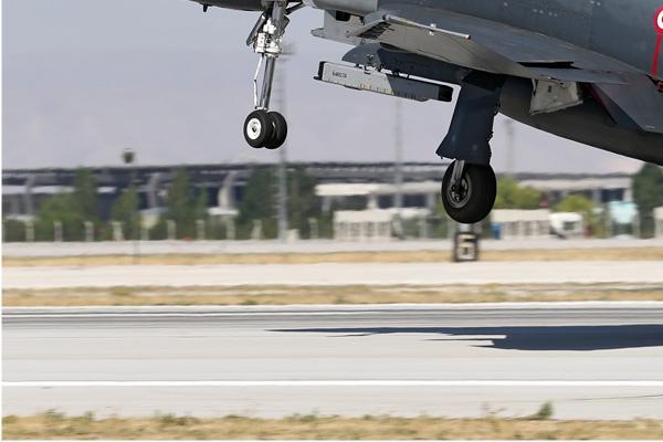 Photo#7055-3-McDonnell Douglas F-4E Terminator 2020