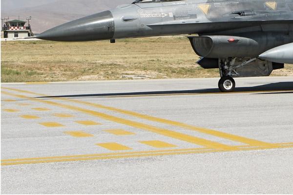 Photo#7096-3-General Dynamics F-16D Fighting Falcon