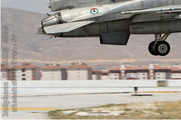 Photo#7103-3-Lockheed Martin F-16E Fighting Falcon