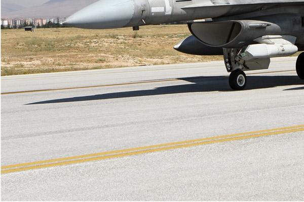 Photo#7104-3-Lockheed Martin F-16E Fighting Falcon