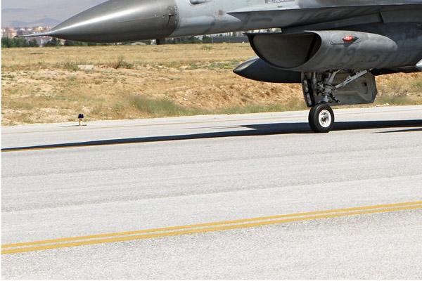 Photo#7128-3-Lockheed F-16D Fighting Falcon