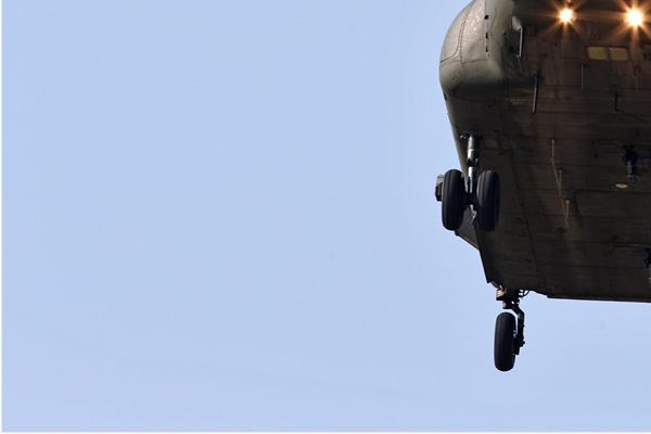Photo#7163-3-Boeing Chinook HC2