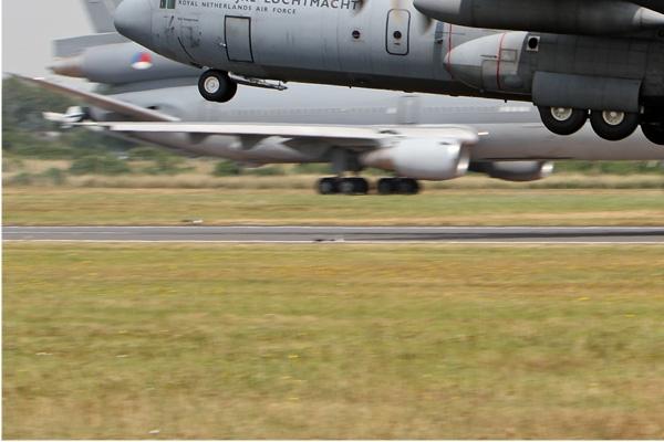 Photo#7219-3-Lockheed C-130H-30 Hercules
