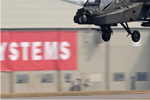 Photo#7258-3-Boeing AH-64DN Apache Longbow