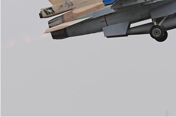 Photo#7594-3-General Dynamics F-16C Barak