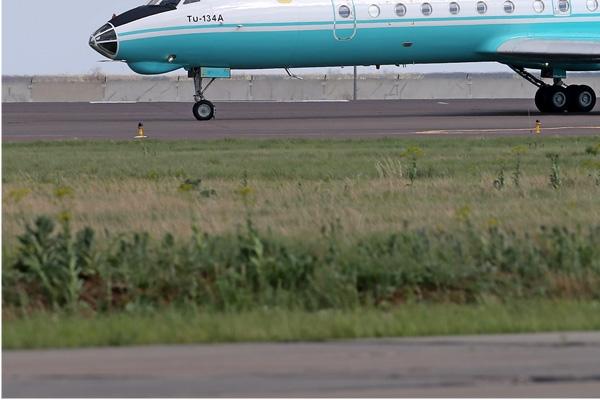 Photo#7667-3-Tupolev Tu-134AK