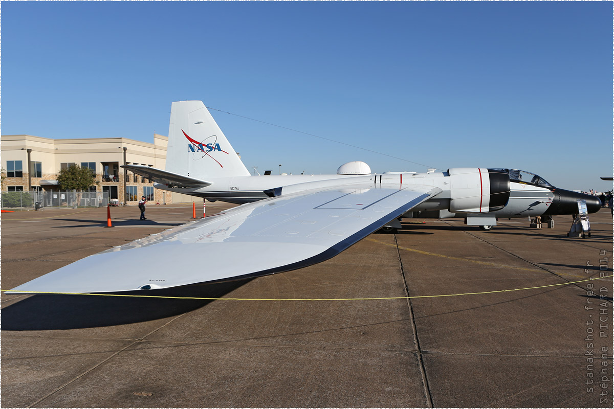 tof#8096_B-57_de la NASA