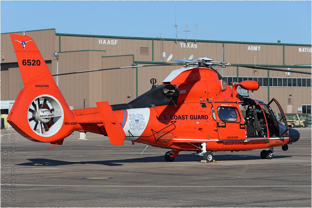 tof#8103 Dauphin des Garde-côtes américains au statique à Houston (TX, USA) en 2014
