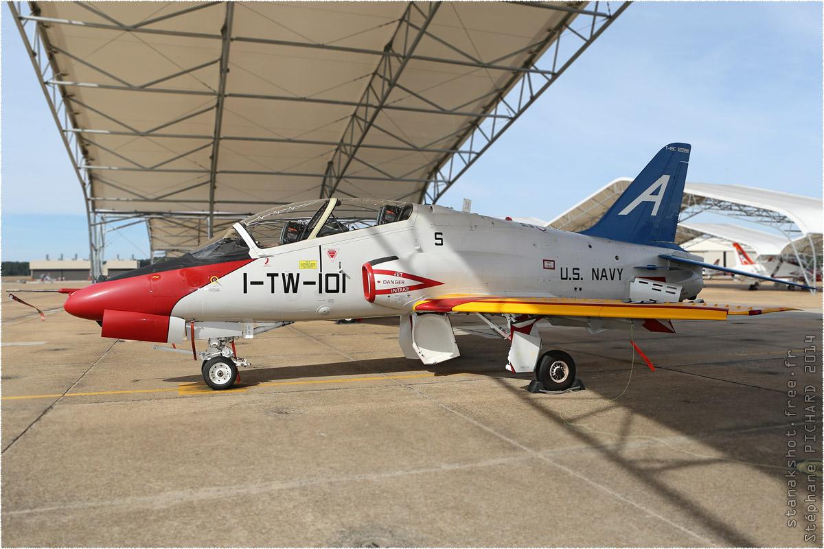 tof#8143 Hawk de la Marine américaine au statique à Meridian (MS, USA) en 2014
