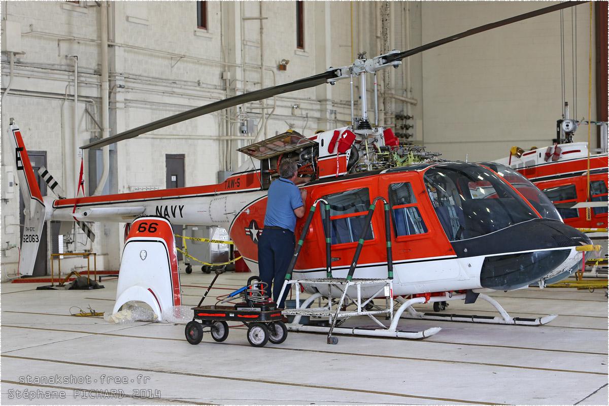 tof#8292 Bell 206 de la Marine américaine au statique à Whiting Field (FL, USA) en 2014