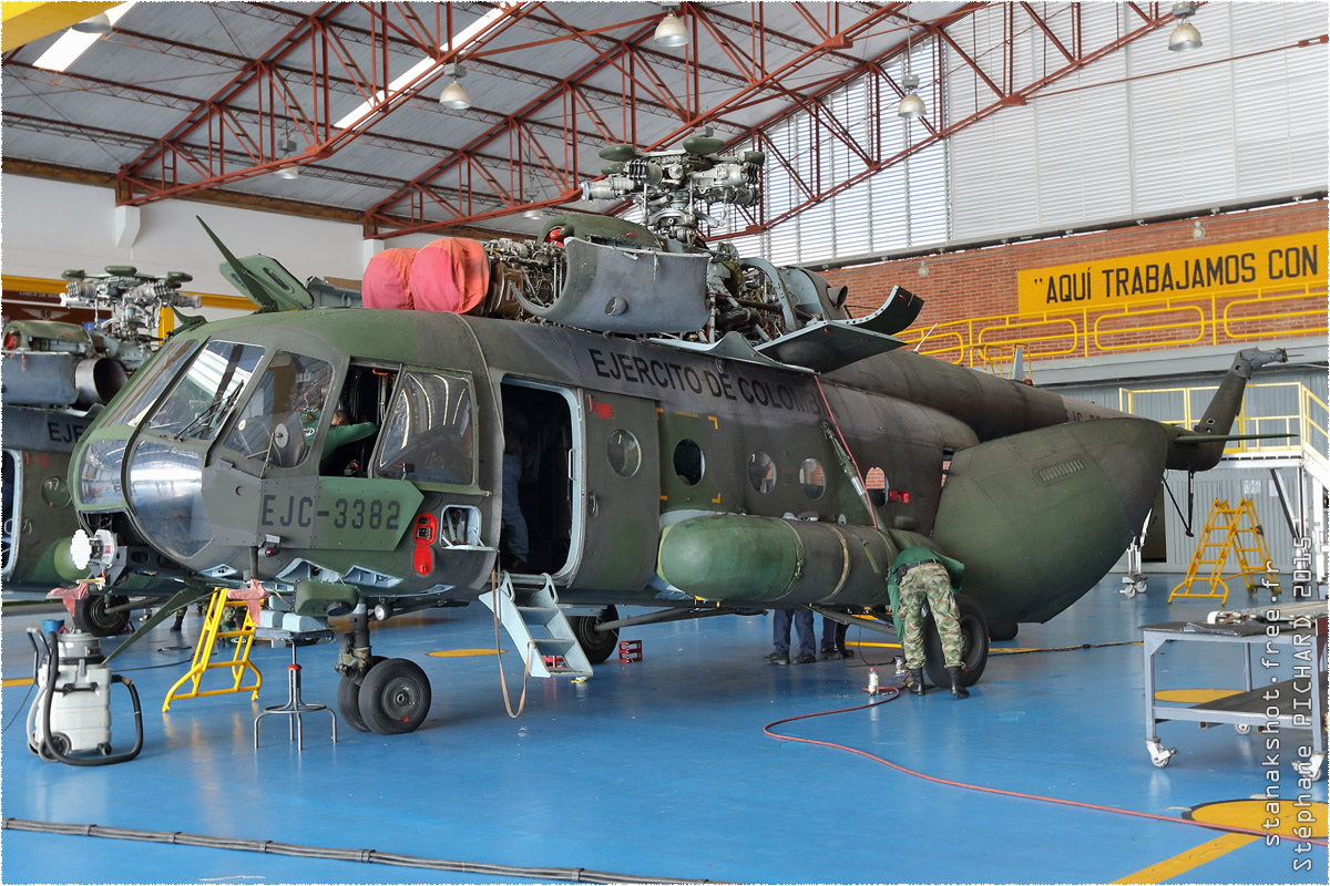 tof#8628_Mi-8_de l'Armée de terre colombienne