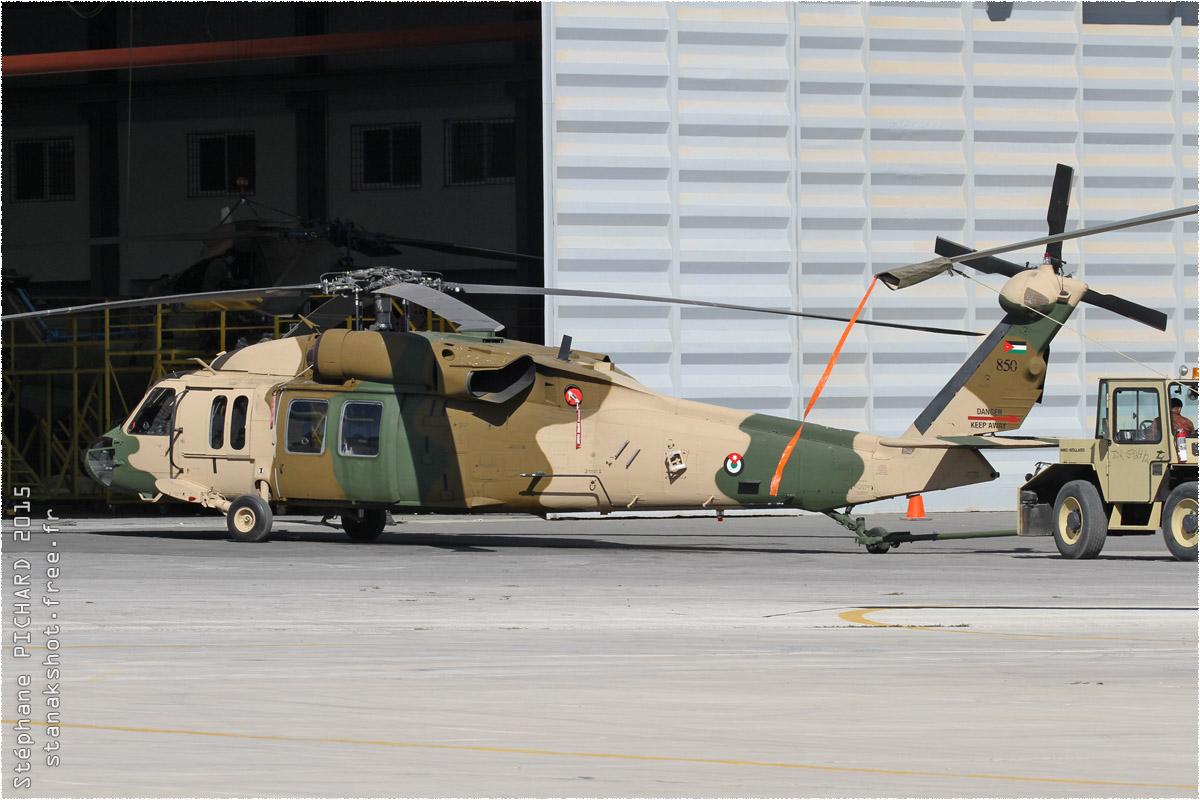 tof#8923 H-60 de la Force aérienne royale jordanienne au statique à Al Marqa (JOR) en 2015