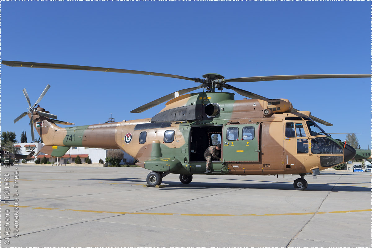 tof#8941_Super Puma_de la Force aérienne royale jordanienne