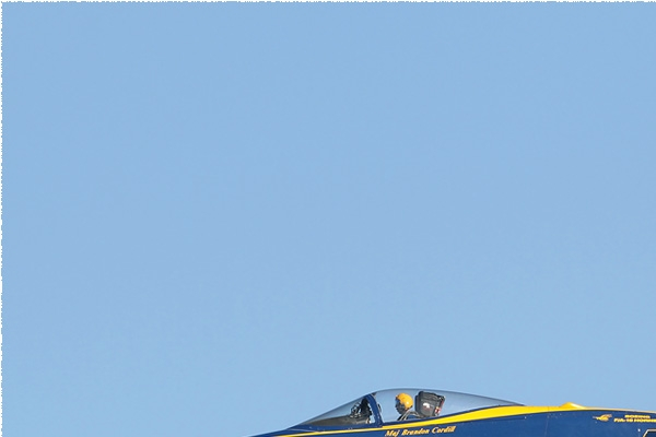 Photo#8034-1-McDonnell Douglas F/A-18C Hornet