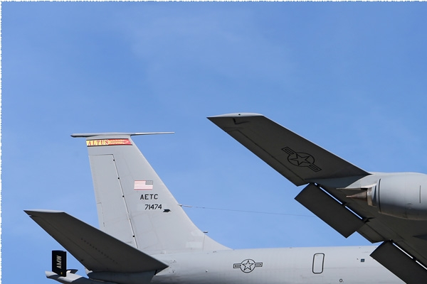Photo#8139-1-Boeing KC-135R Stratotanker