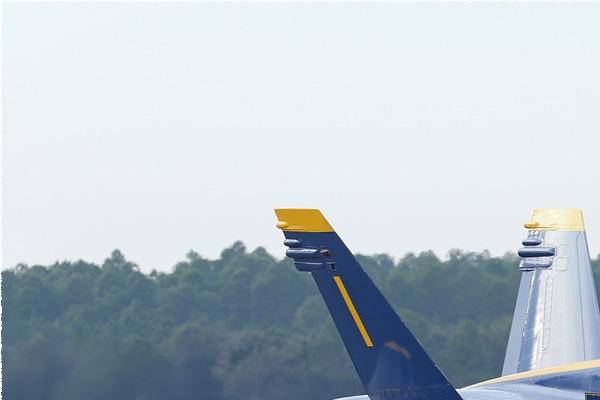 Photo#8342-1-McDonnell Douglas F/A-18C Hornet