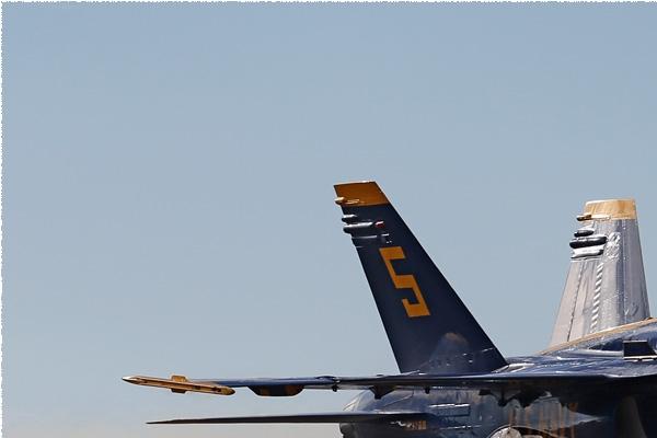Photo#8345-1-McDonnell Douglas F/A-18C Hornet