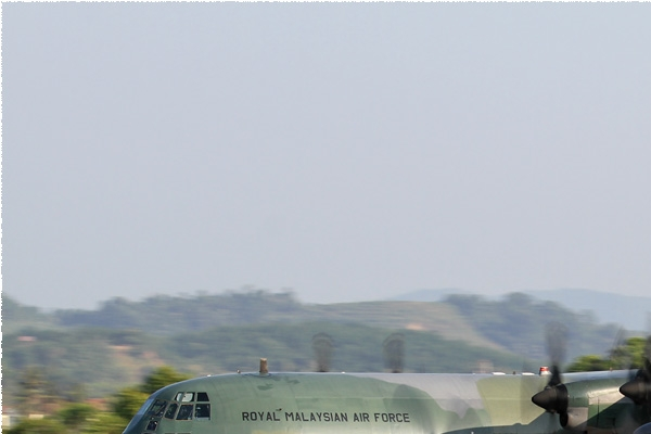 8452a-Lockheed-C-130H-30-Hercules-Malaisie-air-force