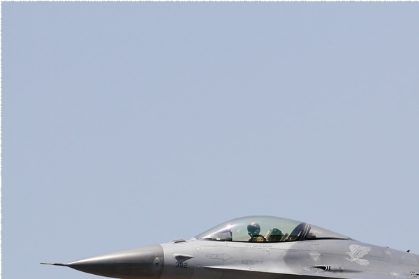 Photo#8461-1-General Dynamics F-16C Fighting Falcon