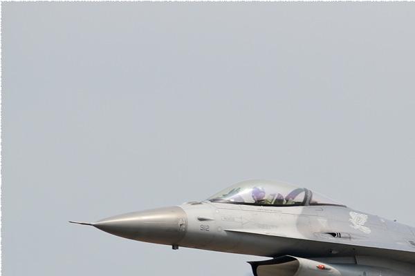 Photo#8463-1-General Dynamics F-16C Fighting Falcon