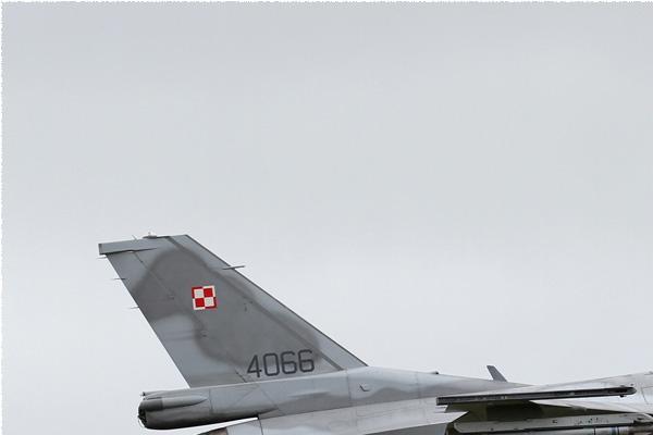 Photo#8499-1-Lockheed Martin F-16C Fighting Falcon
