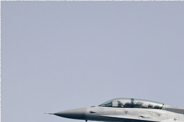 Photo#8506-1-Lockheed Martin F-16D Fighting Falcon
