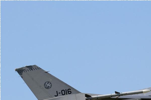 Photo#8510-1-General Dynamics F-16AM Fighting Falcon