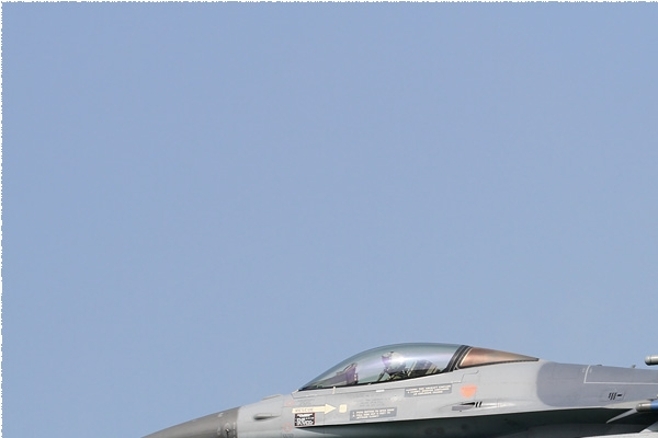 Photo#8521-1-General Dynamics F-16AM Fighting Falcon