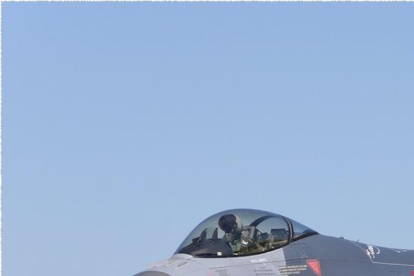 Photo#8563-1-General Dynamics F-16C Fighting Falcon
