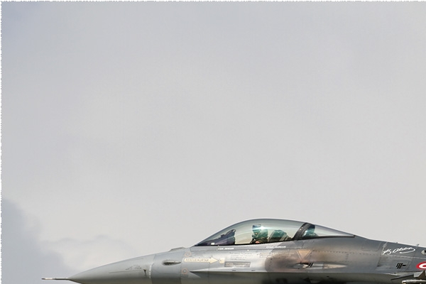 Photo#8592-1-Lockheed F-16C Fighting Falcon