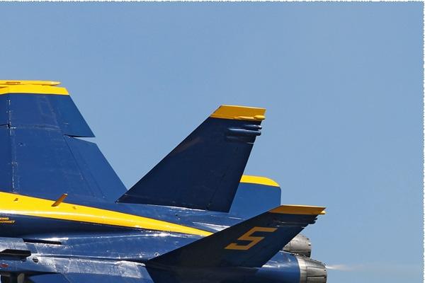 Photo#8035-2-McDonnell Douglas F/A-18C Hornet