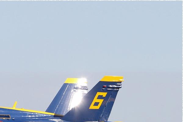Photo#8036-2-McDonnell Douglas F/A-18C Hornet