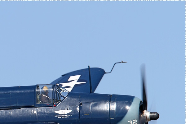 Photo#8049-2-Curtiss SB2C-5 Helldiver