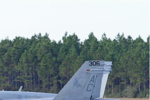 Photo#8323-2-McDonnell Douglas F/A-18C Hornet