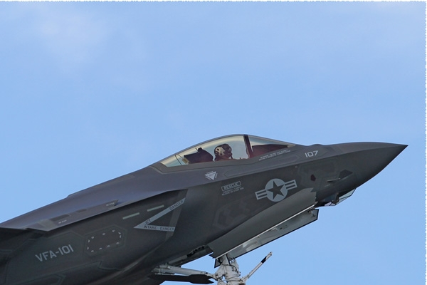 Photo#8326-2-Lockheed Martin F-35C Lightning II
