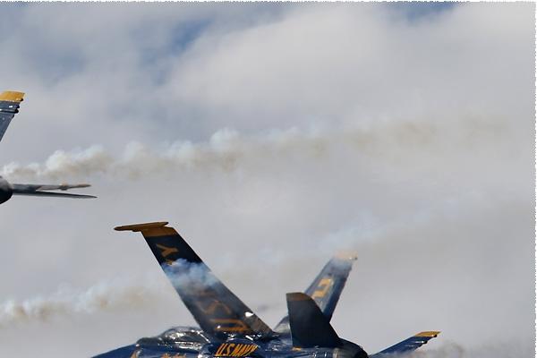 Photo#8341-2-McDonnell Douglas F/A-18C Hornet