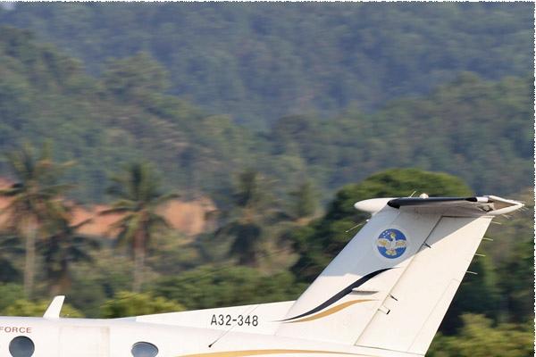 Photo#8445-2-Raytheon King Air 350