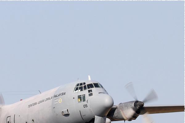 8450b-Lockheed-C-130H-30-Hercules-Malaisie-air-force