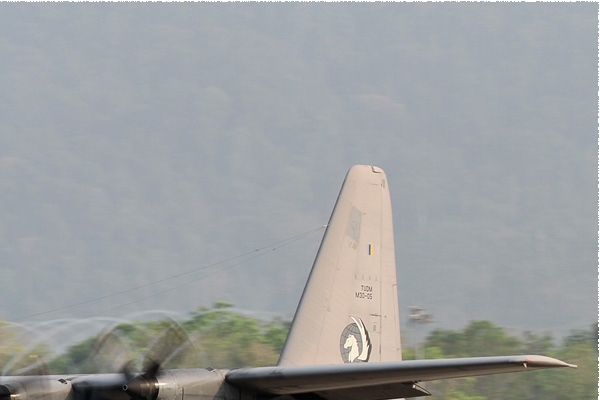 8451b-Lockheed-C-130H-30-Hercules-Malaisie-air-force