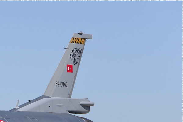 Photo#8563-2-General Dynamics F-16C Fighting Falcon