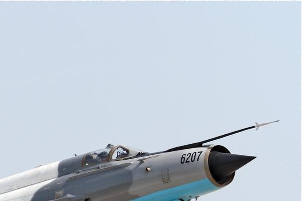 8863b-Mikoyan-Gurevich-MiG-21MF-75-LanceR-C-Roumanie-air-force