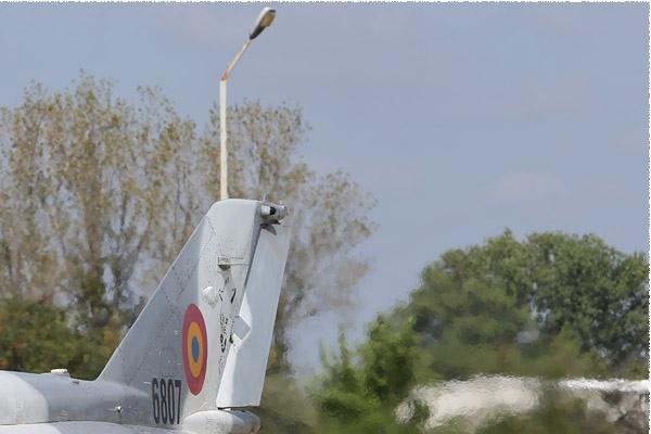 Photo#8865-2-Mikoyan-Gurevich MiG-21MF-75 LanceR C
