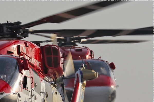 8999b-HAL-Dhruv-Inde-air-force