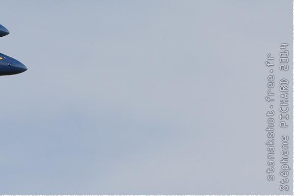 Photo#8032-4-McDonnell Douglas F/A-18C Hornet