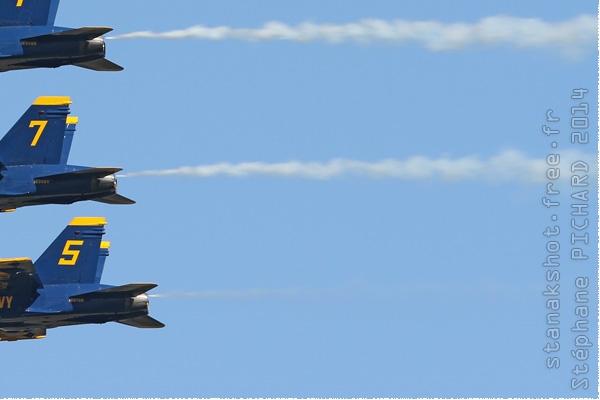 Photo#8033-4-McDonnell Douglas F/A-18C Hornet