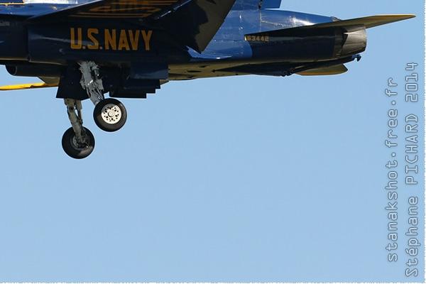 Photo#8034-4-McDonnell Douglas F/A-18C Hornet