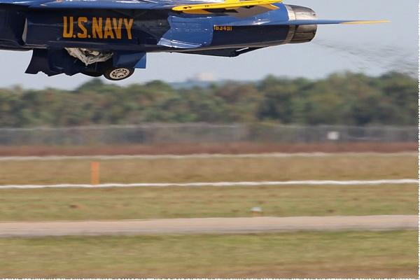 Photo#8036-4-McDonnell Douglas F/A-18C Hornet