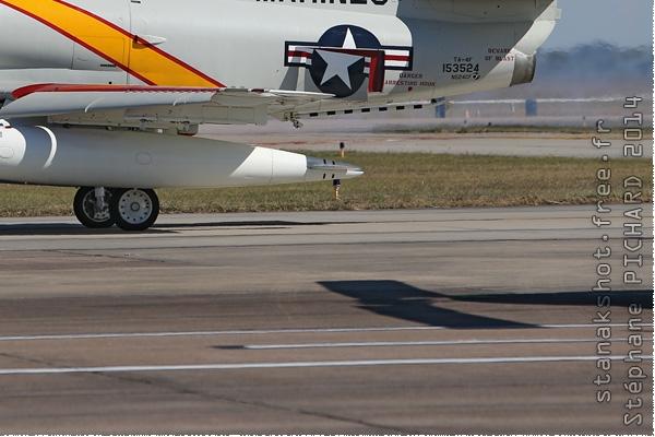 Photo#8086-4-Douglas TA-4J Skyhawk